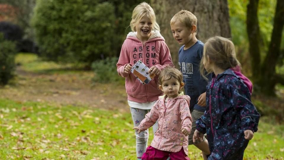 Children at Knightshayes Court